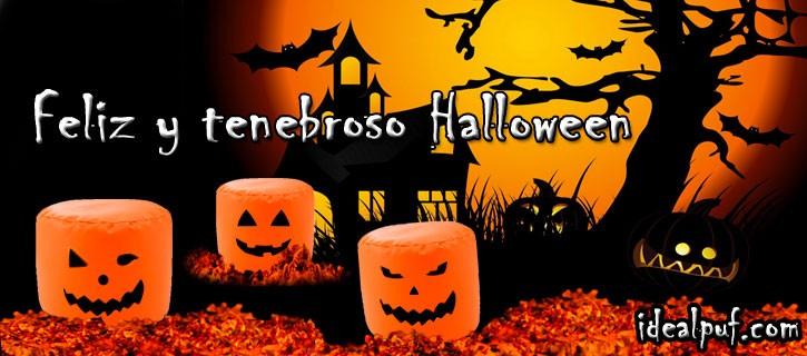 Decora en halloween con velas recortes de cartulina y puffs con